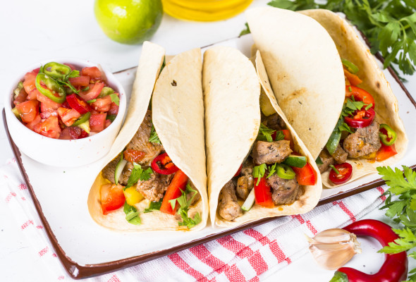 Taco with beef roasted meat (250g) Images - Photos - Logo